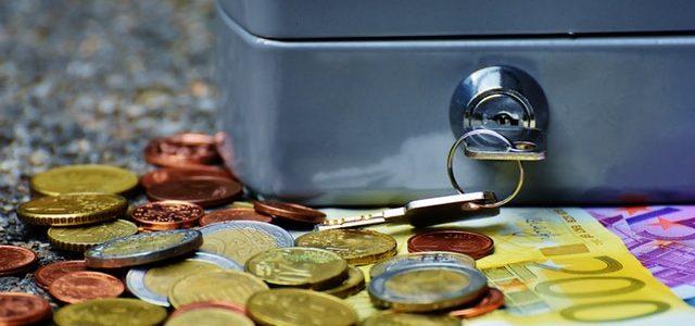 bank-banknotes-bills-business-210705